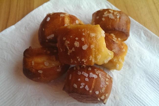 pretzel bites pretzel challah pretzel rolls pretzel buns pretzel ...