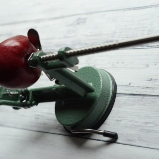 apple peeler 2