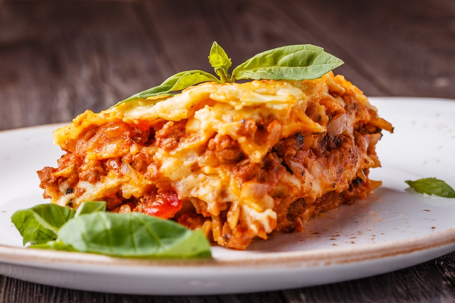 Garfield had it right: one of the world's best foods is lasagna, and the world's best lasagna is a homemade labour of love. | FoodRetro.com